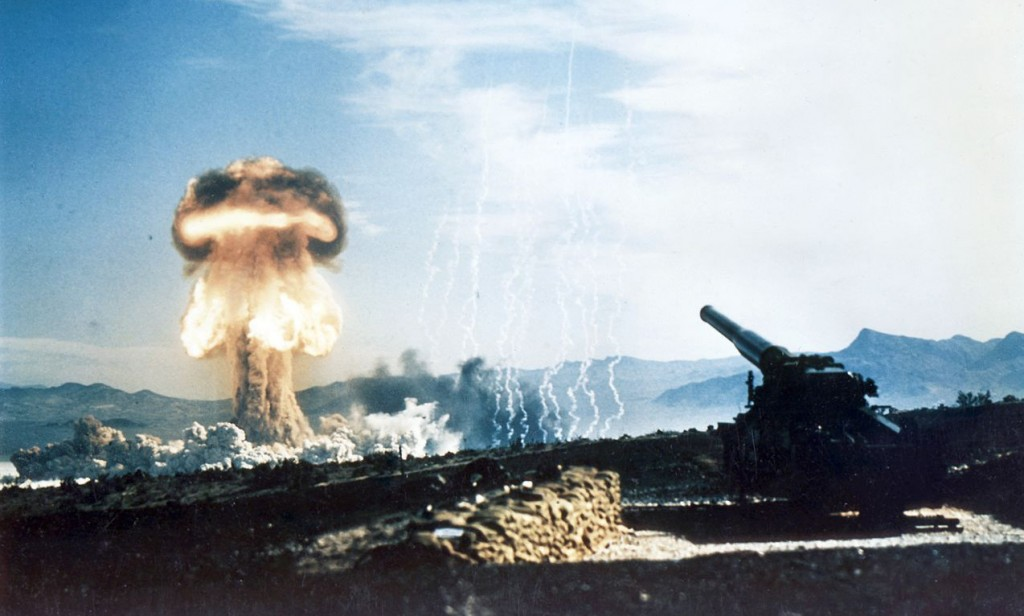 1280px-Nuclear_artillery_test_Grable_Event_-_Part_of_Operation_Upshot-Knothole