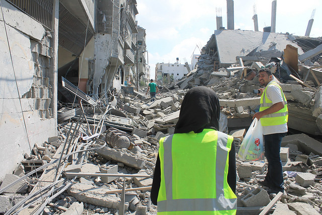 Gaza-Destruction-Aid-Workers