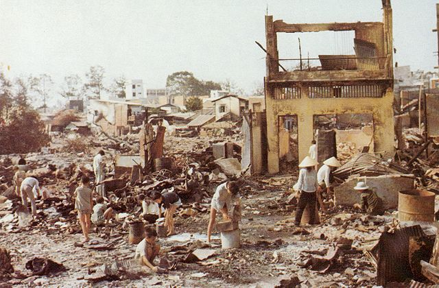 640px-Cholon_after_Tet_Offensive_operations_1968