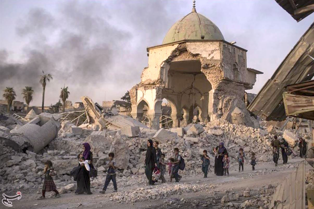 The destruction of the Great Mosque in Mosul (Wikimedia Commons)