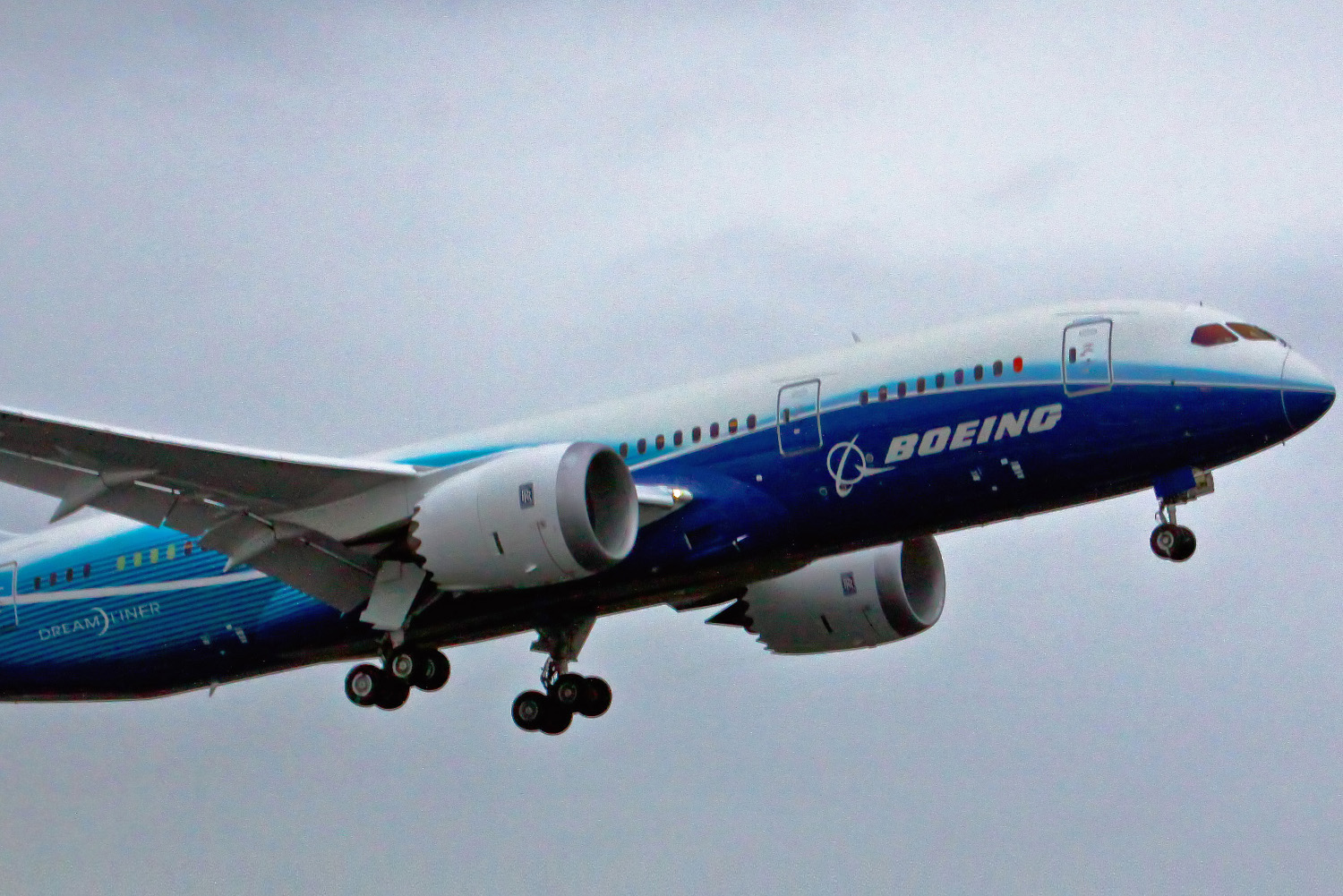 boeing_787_first_flight