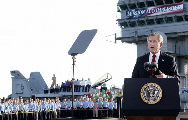 Bush-Iraq-mission-accomplished