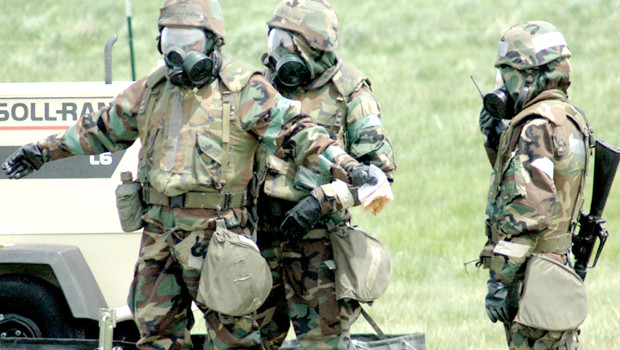 Decontamination_exercise_of_the_US_Military