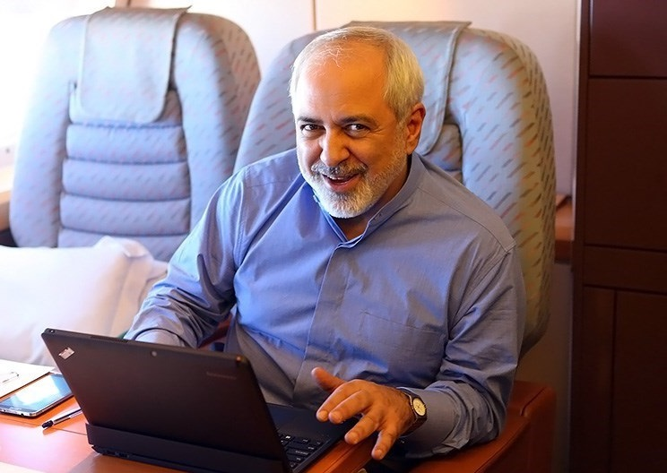 FM_Javad_Zarif_Araghchi_in_airplane