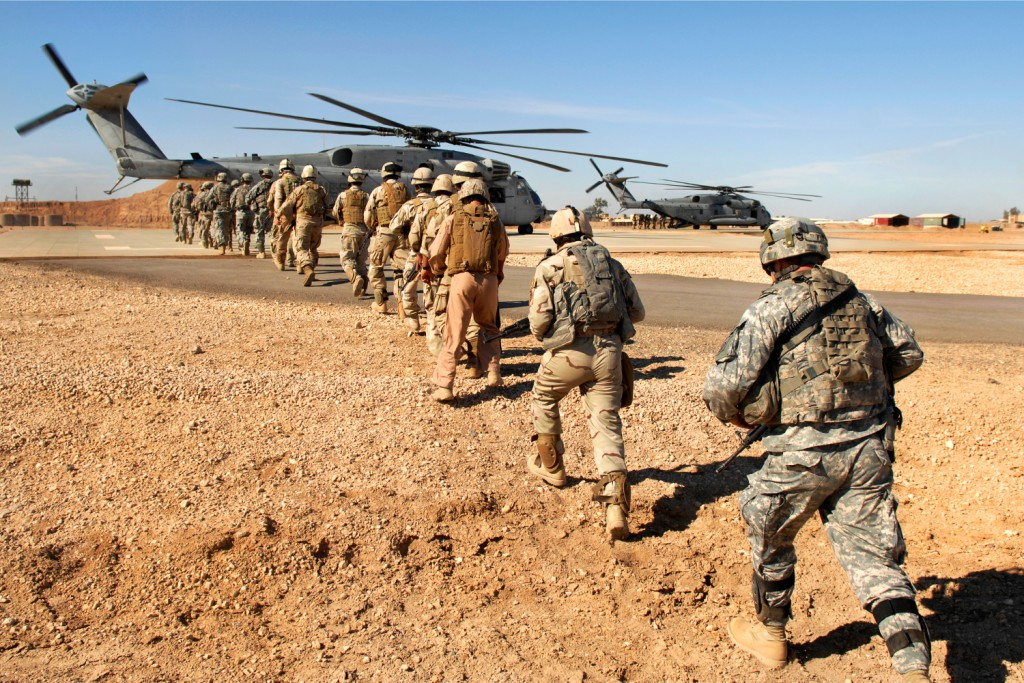 flickr_-_the_u-s-_army_-_loading_up