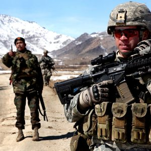 Flickr_-_The_U.S._Army_-_Patrol_in_Afghanistan_(1)