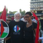 Uri Avnery at a 2006 Hadash protest against the Lebanon War (source: flickr, user dovblog)