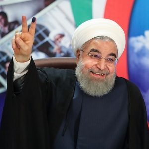 Hassan_Rouhani_submitting_his_candidacy_at_the_Ministry_of_Interior_05