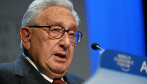 DAVOS/SWITZERLAND, 24JAN08 - Henry A. Kissinger, Chairman, Kissinger Associates, USA; Co-Chair of the World Economic Forum Annual Meeting 2008, captured during the session 'Three Crucial Questions for the President of Pakistan, Pervez Musharraf' at the Annual Meeting 2008 of the World Economic Forum in Davos, Switzerland, January 24, 2008.   Copyright by World Economic Forum    swiss-image.ch/Photo by Remy Steinegger  +++No resale, no archive+++