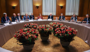 Iran-Table-Geneva-Deal-Ministers