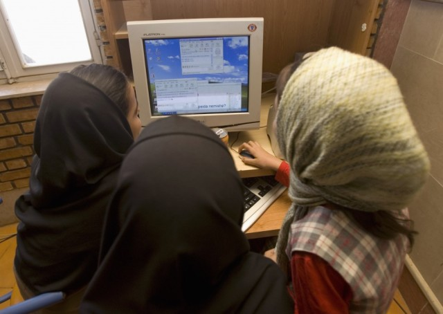 Iran-internet