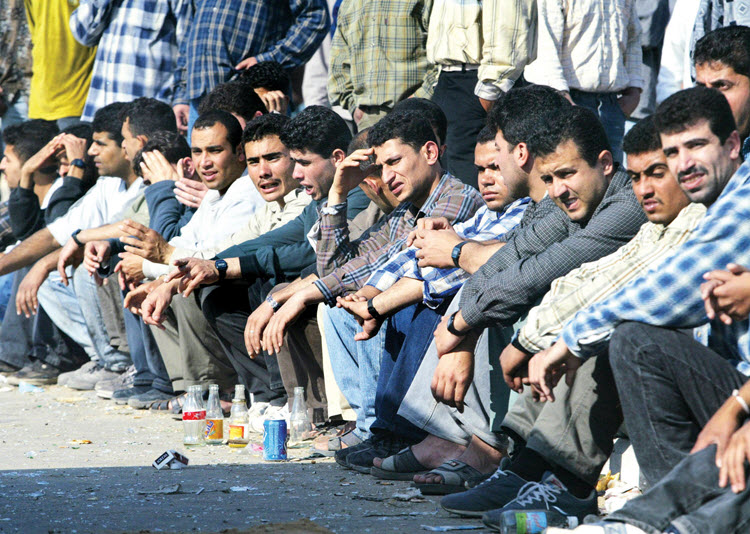 Irans-unemployment-situation-is-at-crisis-point-750