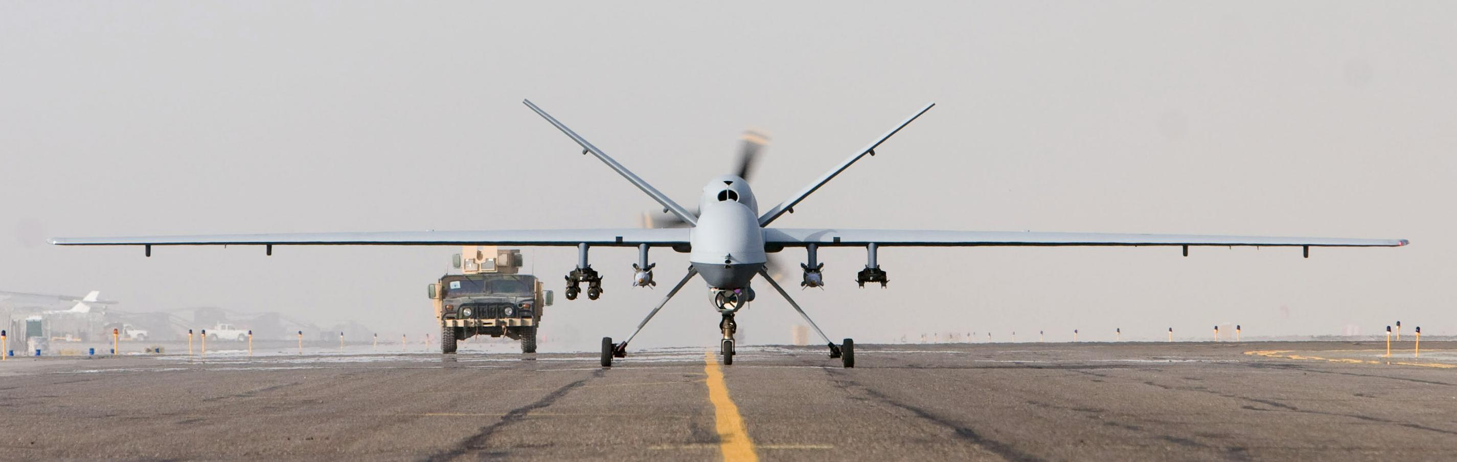 MQ-9_Afghanistan_takeoff_1_Oct_07