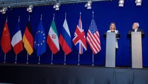 Negotiations_about_Iranian_Nuclear_Program_-_EU_High_Representative_Mogherini_and_Iranian_Foreign_Minister_Zarif_Address_Reporters_in_Lausanne