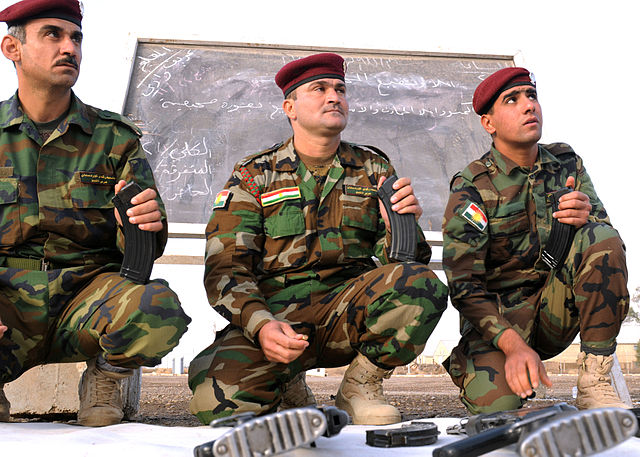 Peshmerga_356741_New_Regional_Guard_Brigade_recruits_learn_how_to_handle_an_AK-47_assault_rifle_as_part_of_an_Iraqi_Army-led_Basic_Combat_Training_course_at_the_Camp_Taji_Training_Center_in_Baghdad_Dec._12.,_2010