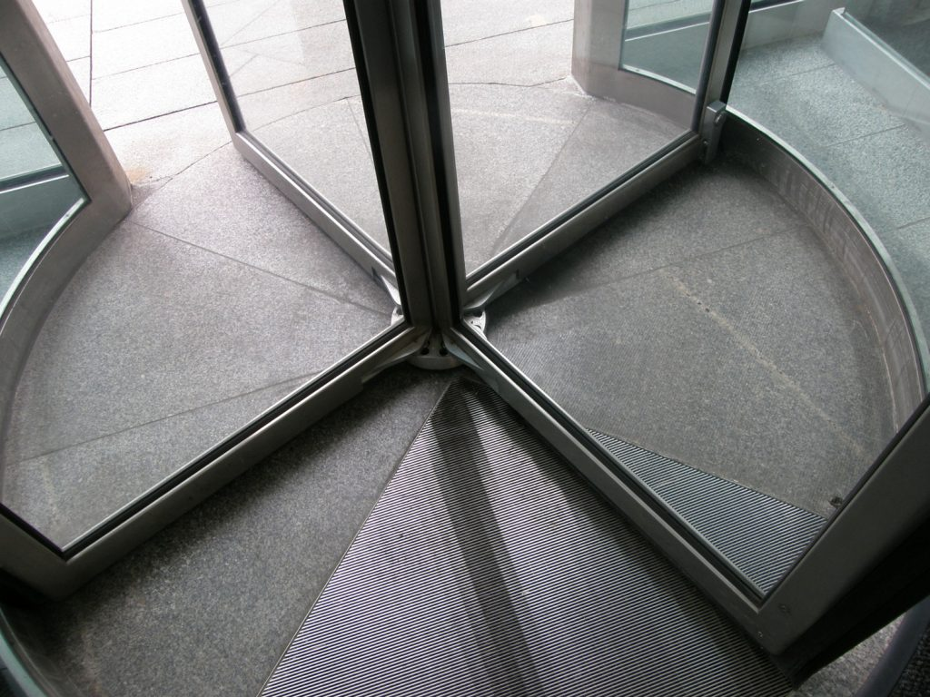 revolving_door-base