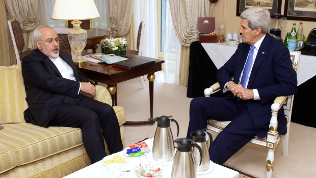 Secretary_Kerry_Meets_With_Iranian_Foreign_Minister_Zarif_in_Paris_to_Continue_Nuclear_Program_Negotiations_(16107653417)