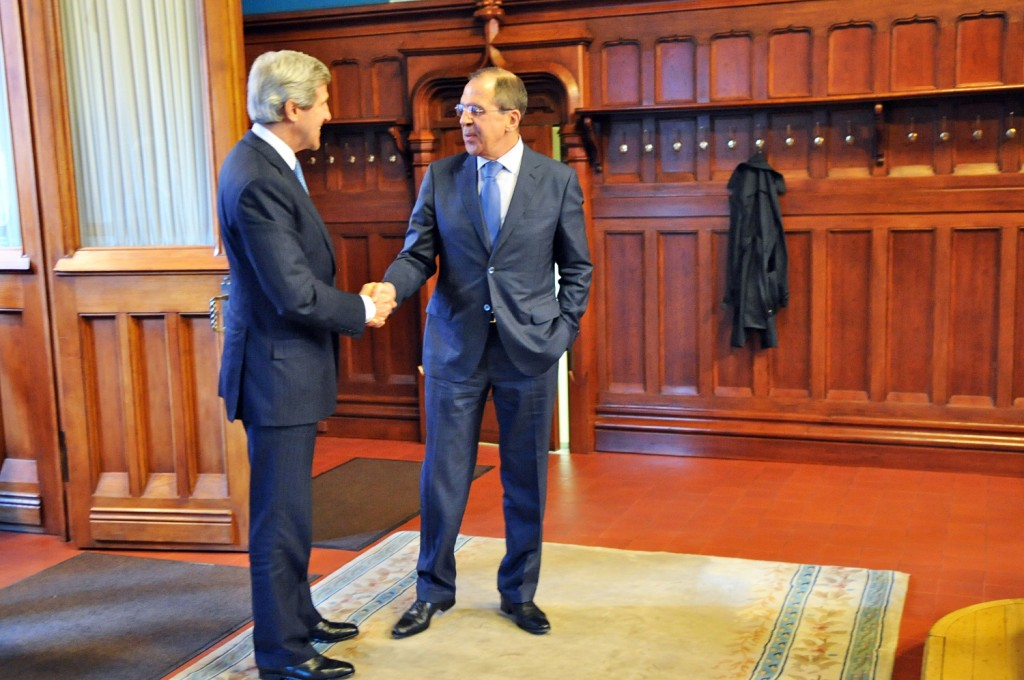 Secretary_Kerry_Shakes_Hands_With_Russian_Foreign_Minister_Lavrov_(May_7,_2013)