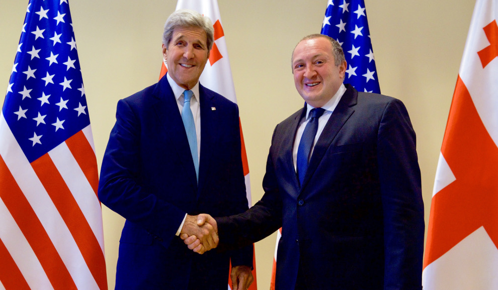 Secretary_Kerry_and_Georgian_President_Giorgi_Margvelashvili_Shake_Hands_Before_a_Bilateral_Meeting_in_Tbilisi_(28024920652)