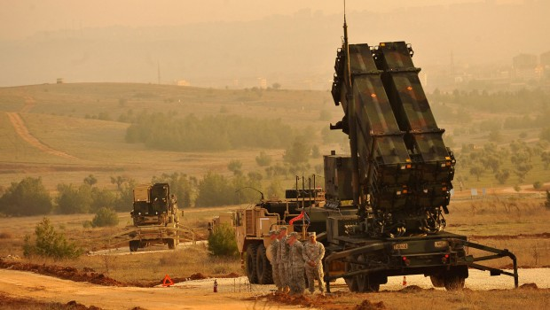 U-s-service-members-stand-by-a-patriot-missile-battery-in-gaziantep-turkey