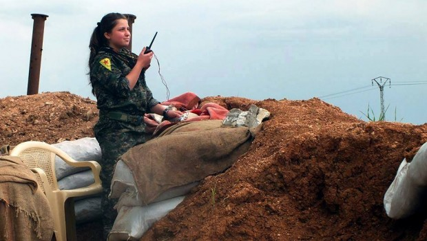 YPG_soldier_during_ISIL_fight