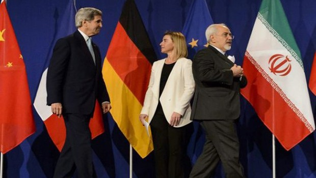 Zarif, Kerry, Mogherini Continue Negotiations on Sticking Points