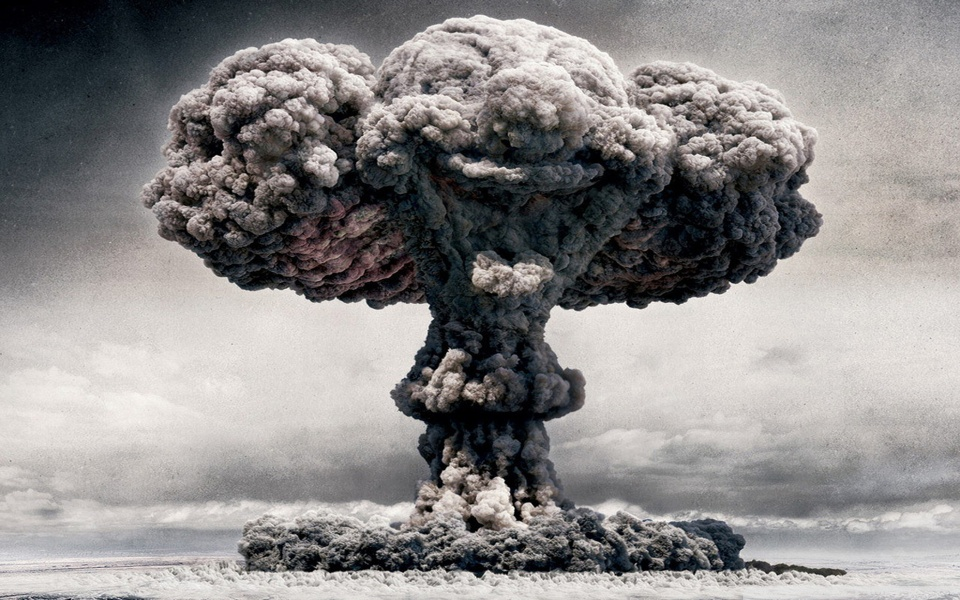 atomic_mushroom_cloud-wallpaper-960x600