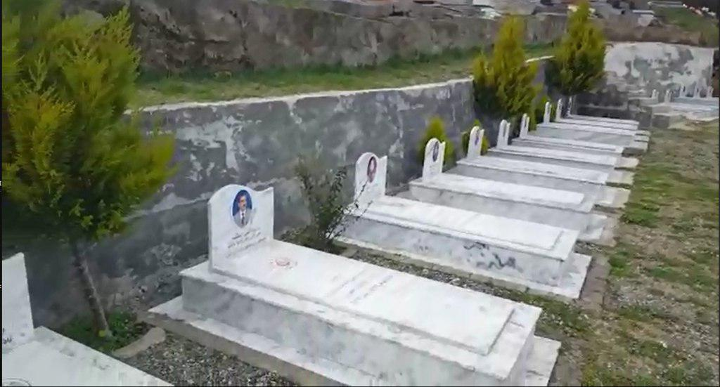16 MEK graves in the public cemetery in Tirana, Albaniam in 2018 (Anne Khodabandeh)