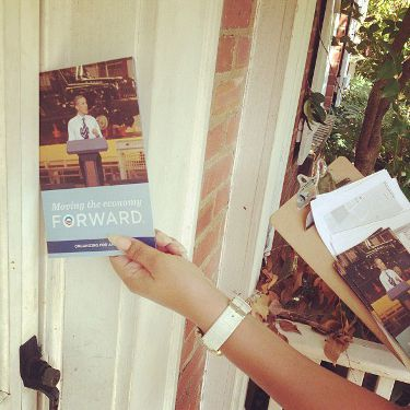 obama-canvassing