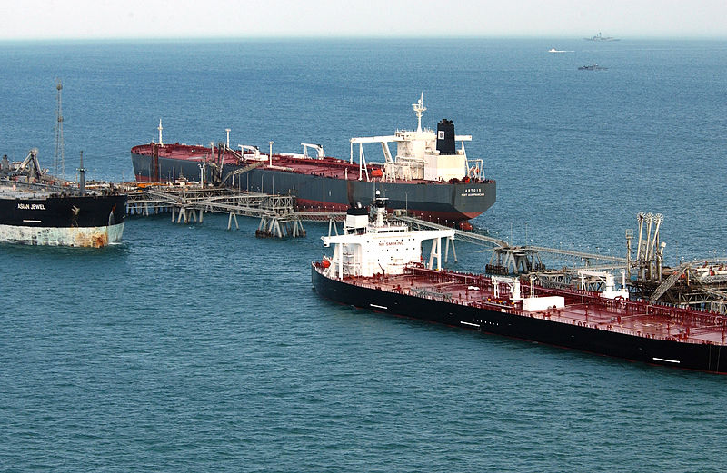 oil-tankers-gulf-sanctions