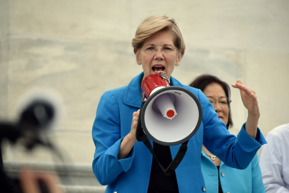 Elizabeth Warren (Kelly Bell via Shutterstock)