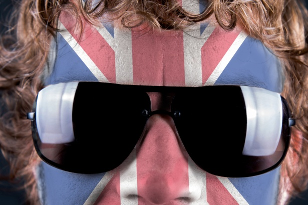 the-british-flag-on-the-face-1463424778fFe